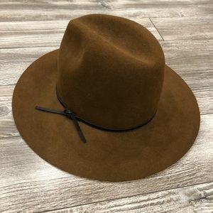 Wilfred 100% Wool Hat
